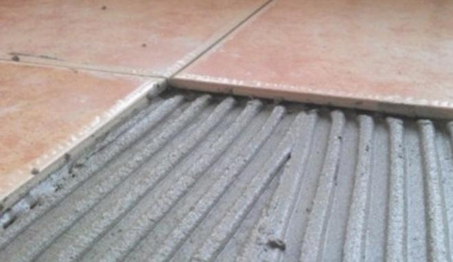 瓷砖胶+水泥、黄沙、其它添加剂?插图2
